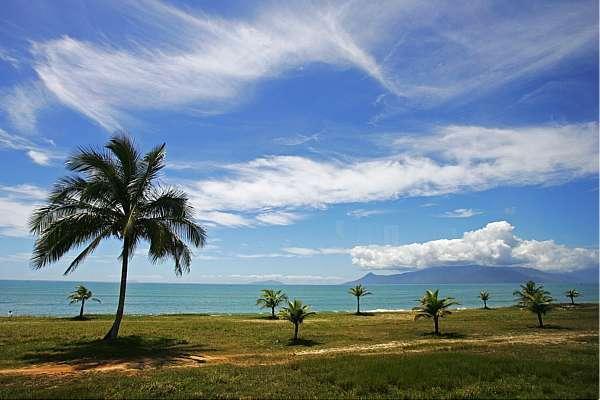 Caraguatatuba não tem praia imprópria, segundo a Cetesb. Crédito: Tiago Queiroz/Estadão