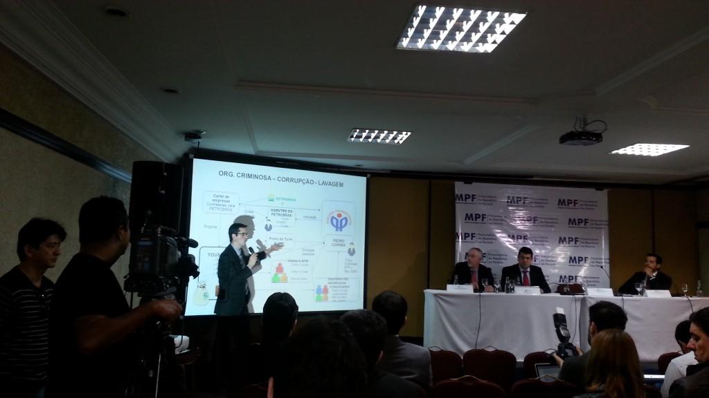 O procurador da República Deltan Dallagnol, durante apresentação de primeira denúncia contra políticos pela Lava Jato / Foto: Ricardo Brandt/Estadão